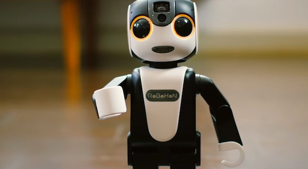 Sharp RoBoHoN Is Your Friendly Digital Assitant