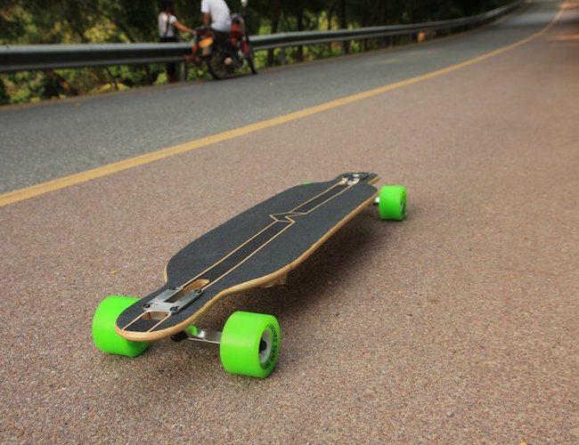 Folding Longboard by snapskateboard.com