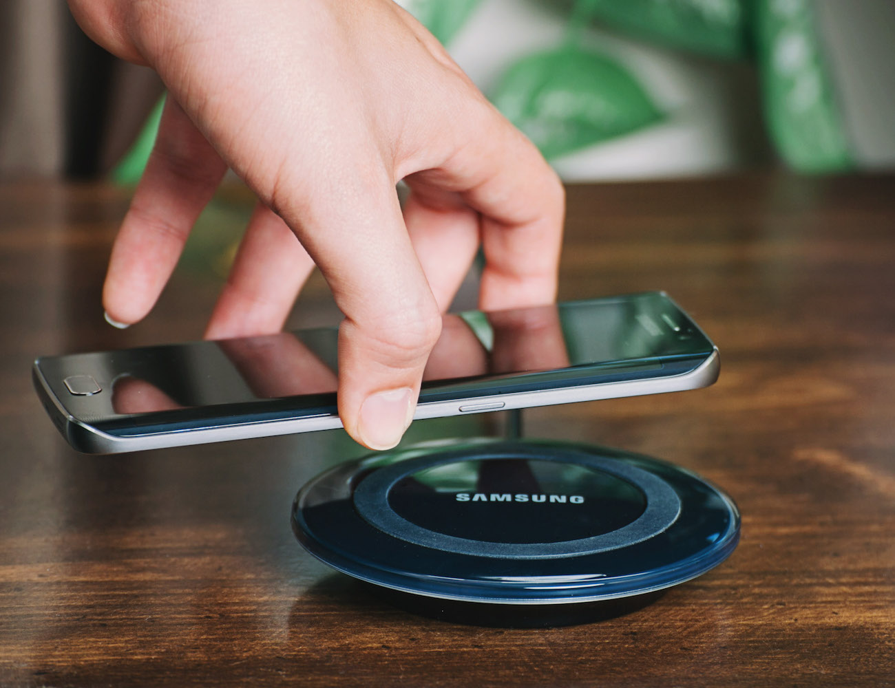 Samsung Wireless Charging Pad » Review