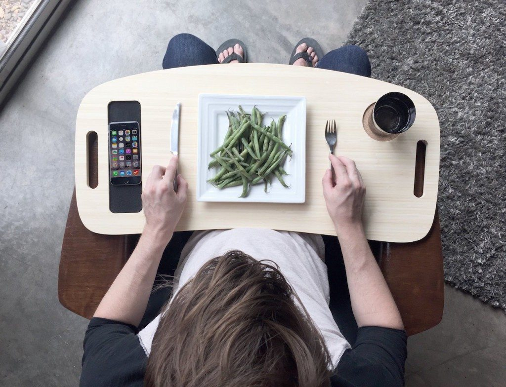 Slice+TV+Tray+by+iSkelter