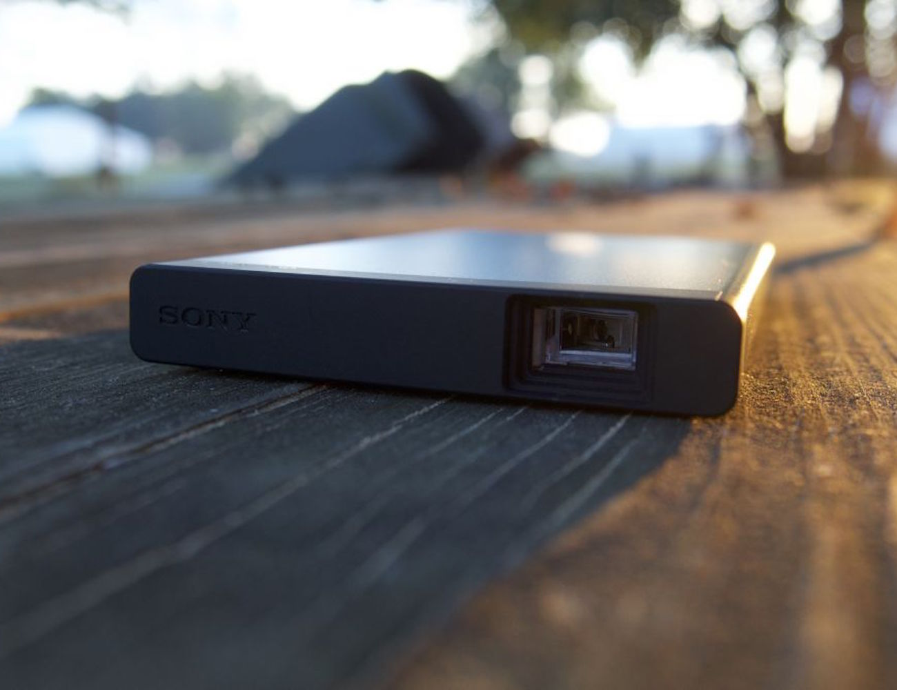 Sony hd pico mobile projector review the gadget flow for Hd mobile projector
