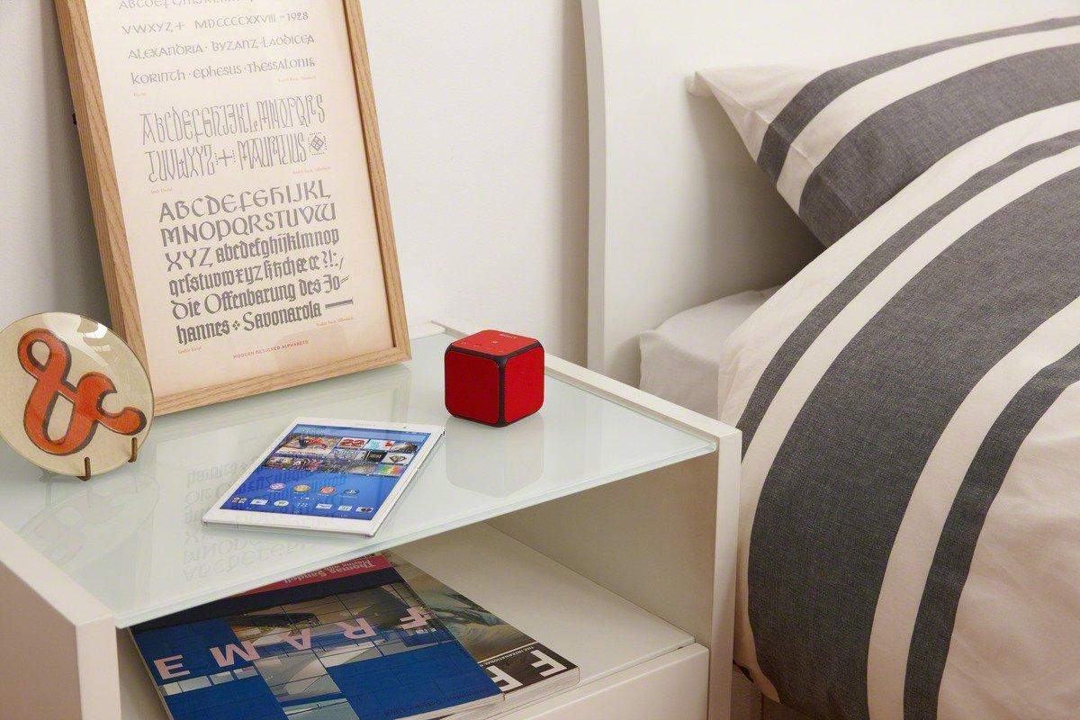 sony-ultra-portable-bluetooth-speaker-01