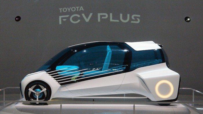 Toyota FCV plus side view
