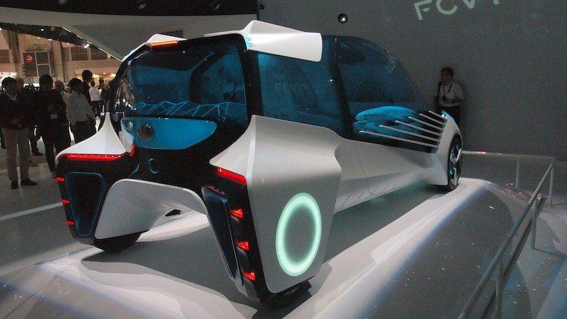 Toyota FCV Plus back
