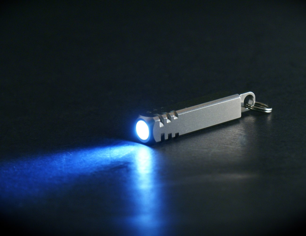 The Pixel – LED Keychain Flashlight