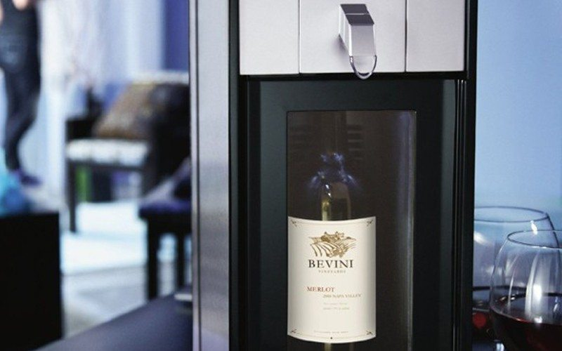 One Wine Preservation System by Skybar