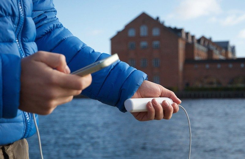 Solar Power Is Now Truly Portable with HeLi-on Charger