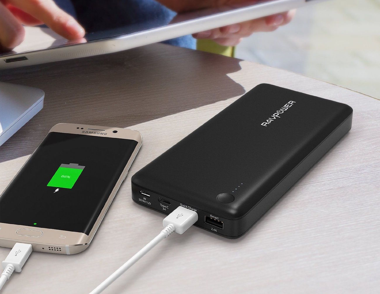 3-Port External Battery Pack by RAVPower