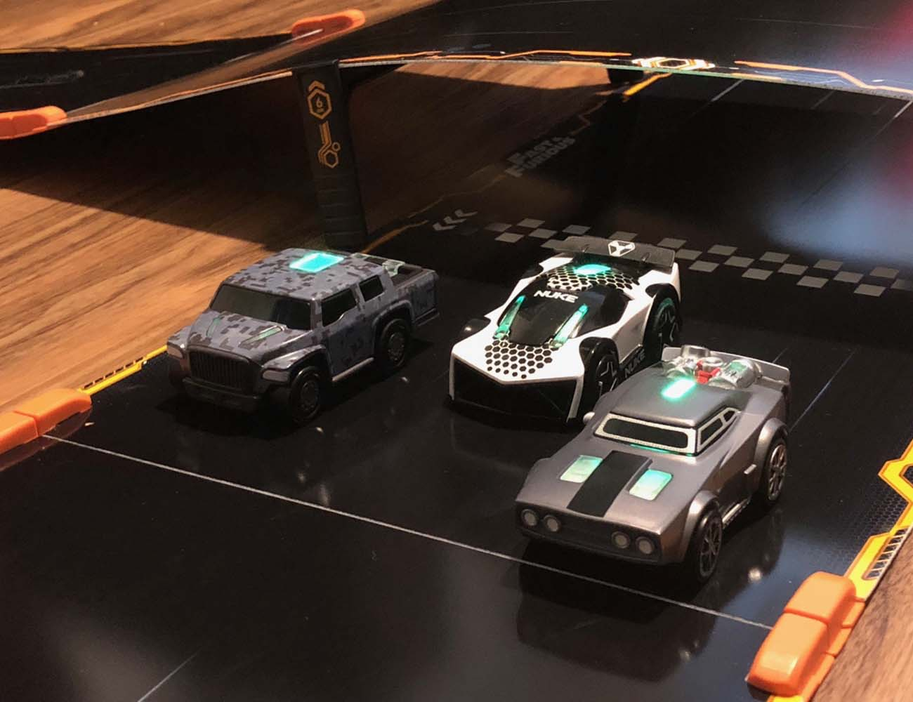Anki OVERDRIVE Racetrack Starter Kit