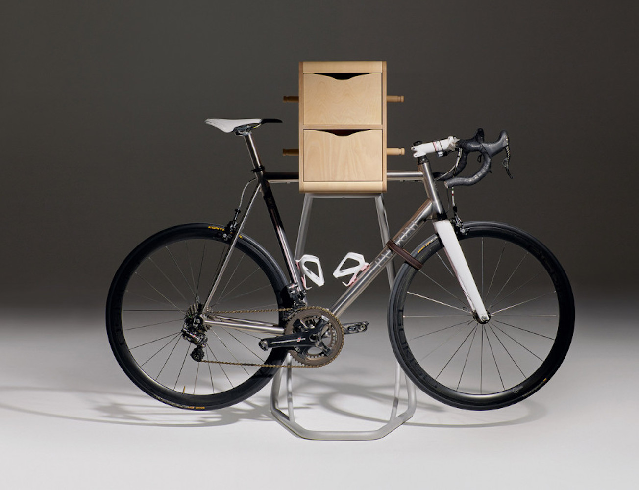 bike-butler-the-smartest-bike-stand-ever-01