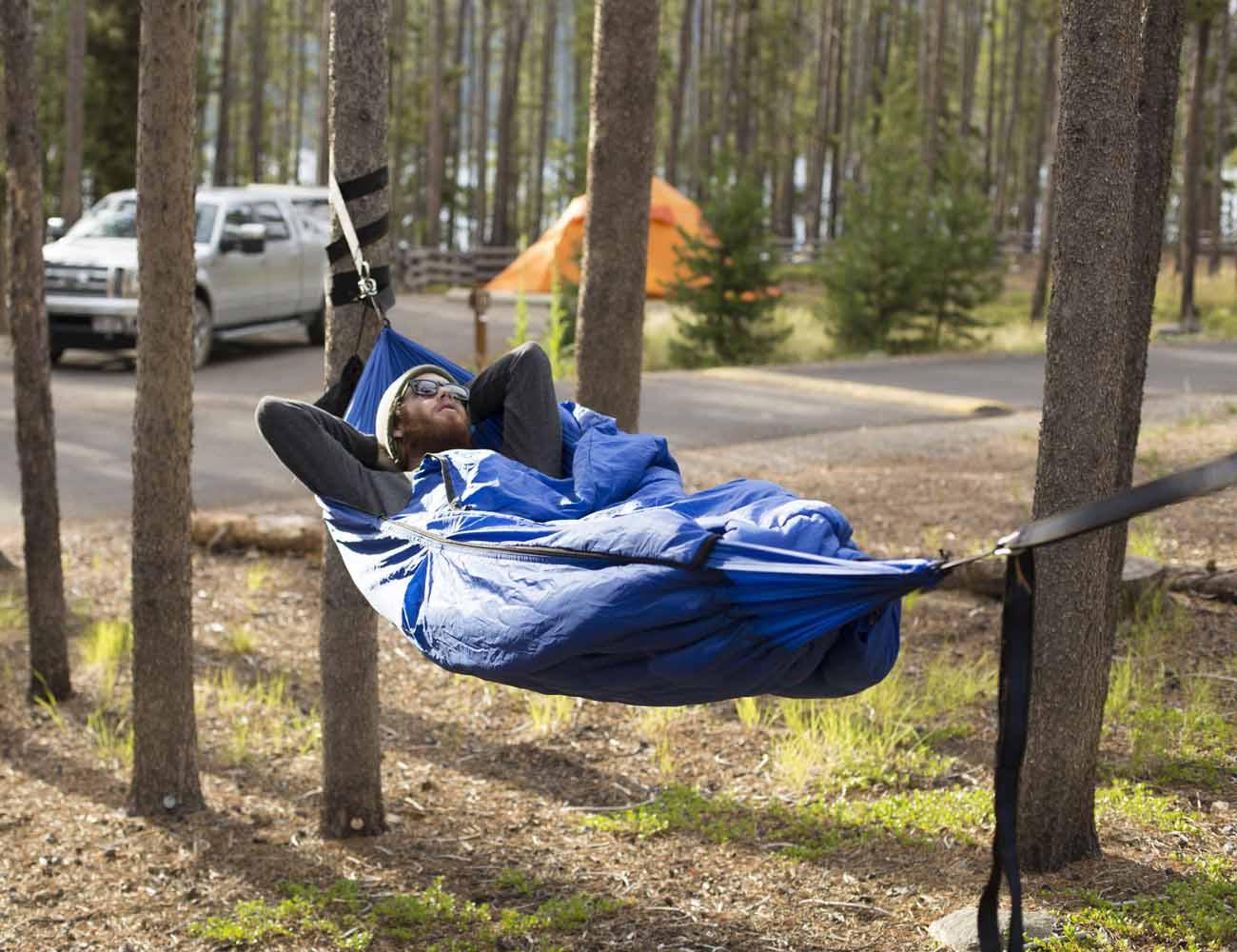Bison Bag G1 – The World's First Sleeping Bag Hammock