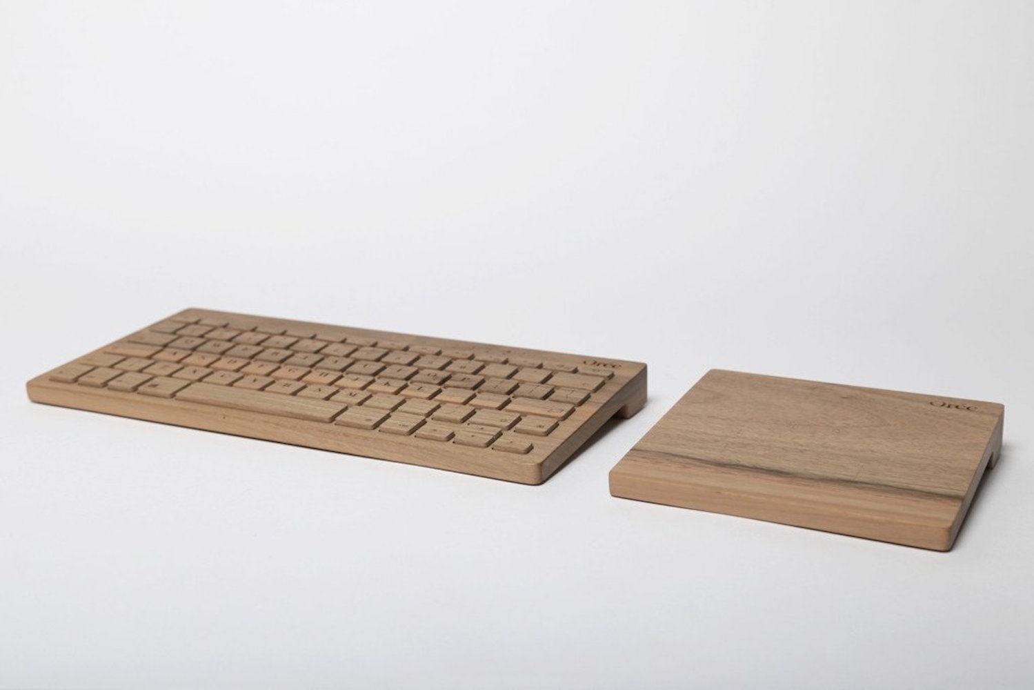 Board 2 by Orée – The Walnut Wood Wireless Keyboard