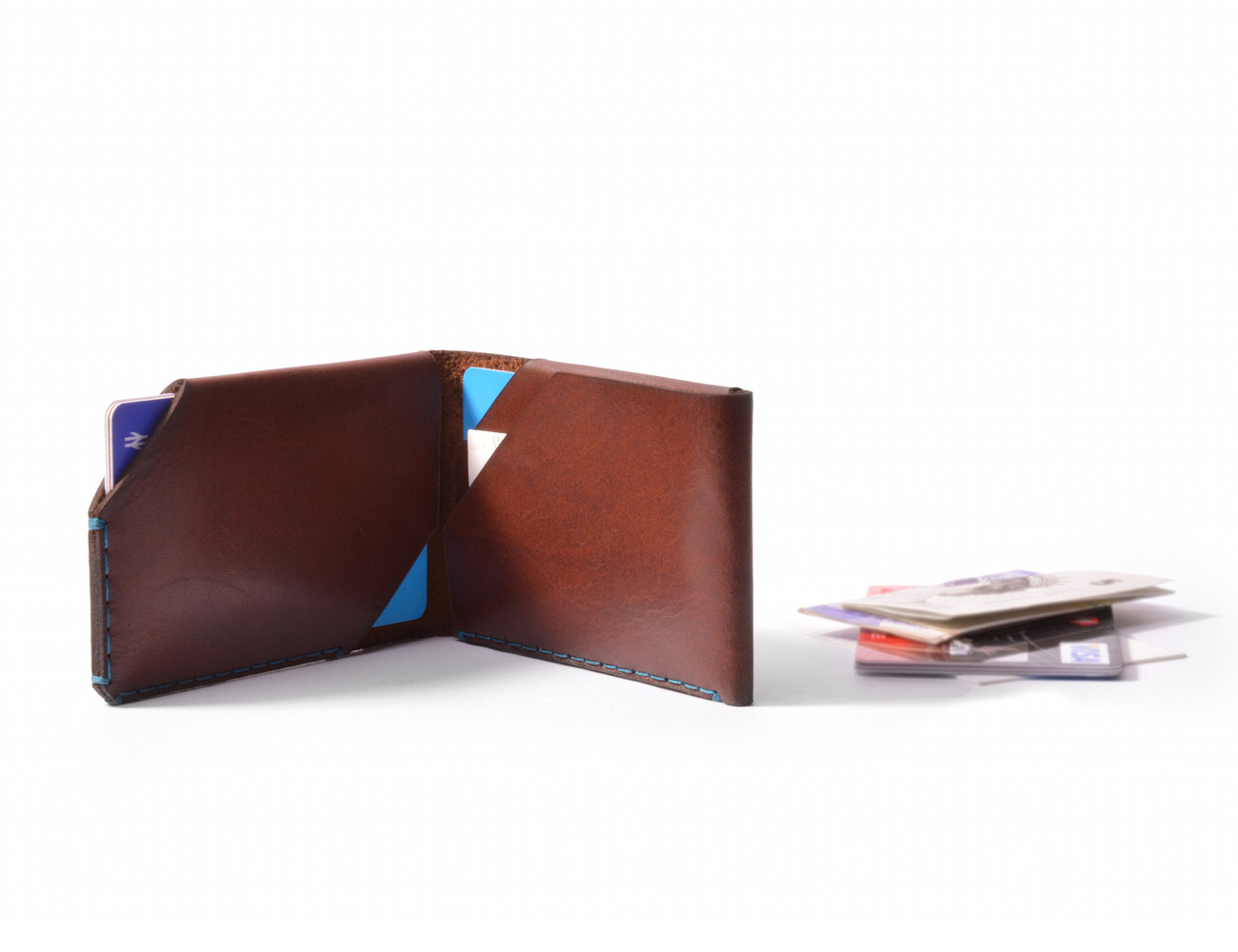 brown-leather-card-wallet-wingback-01