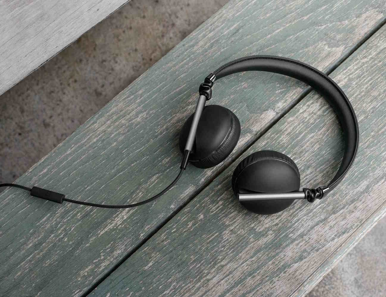 Caeden Linea N1 Convex Carbon and Gunmetal Headphones