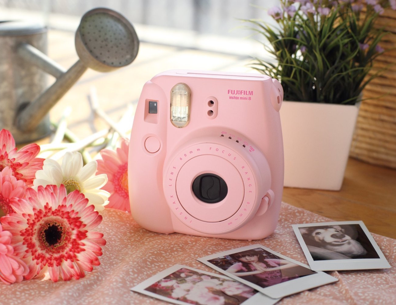 Fujifilm+INSTAX+Mini+8+Instant+Film+Camera