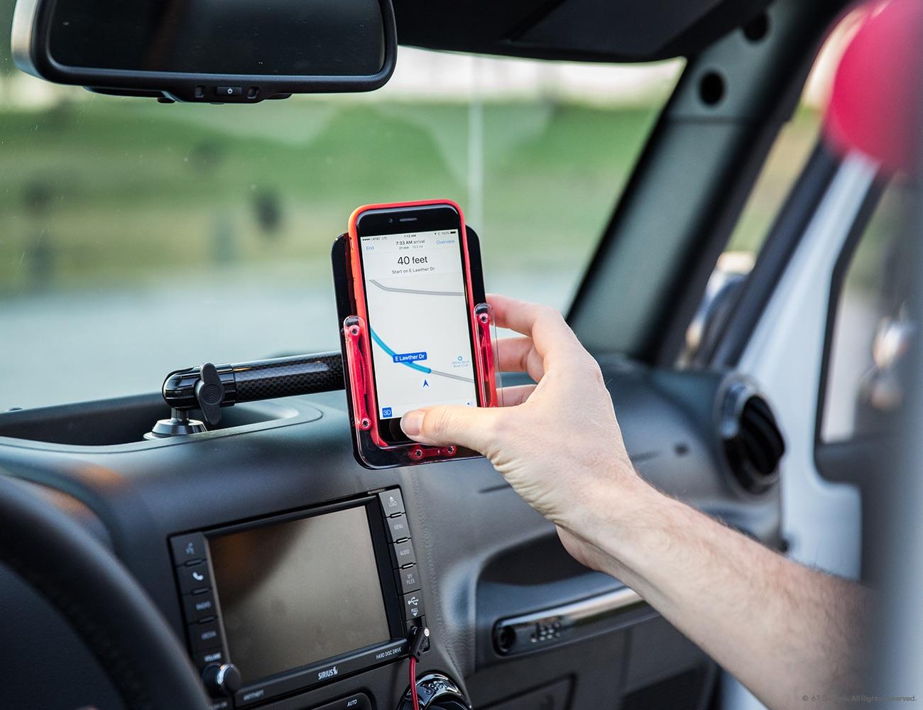 (CF) Carbon Fiber Series – Jeep JK Mount for iPhone 6/6S