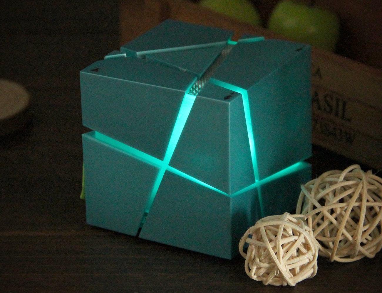 LED+Cube+Wireless+Bluetooth+Speaker