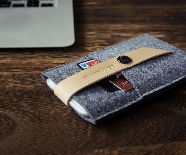 Leather+%26amp%3B+Wool+Felt+IPhone+Wallet+From+CHARBONIZE