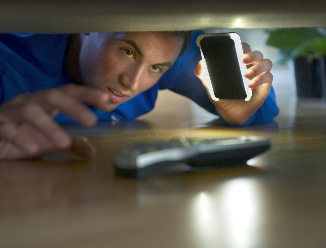 LuMee – The Illuminated Smartphone Case