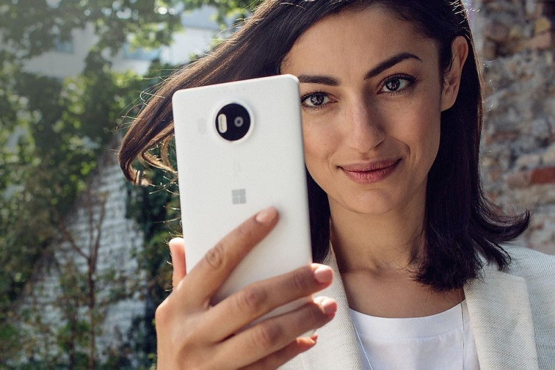 Lumia-950-XL-features-iris-jpg