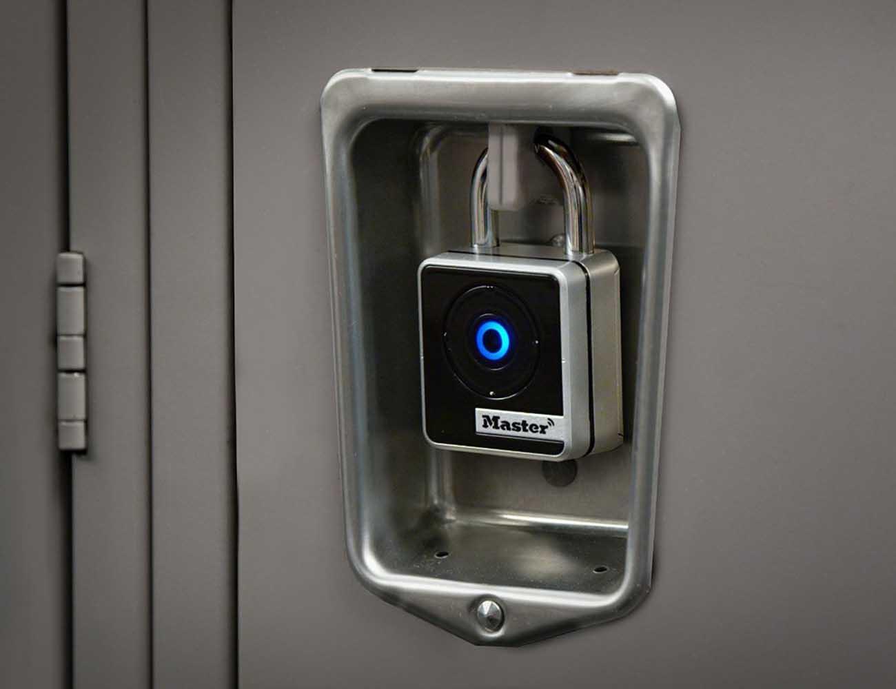 Master Lock Outdoor Bluetooth Smart Padlock