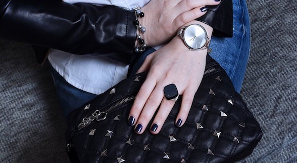Neyya Smart Ring Delivers Robust Finger Controls for Your Gadgets