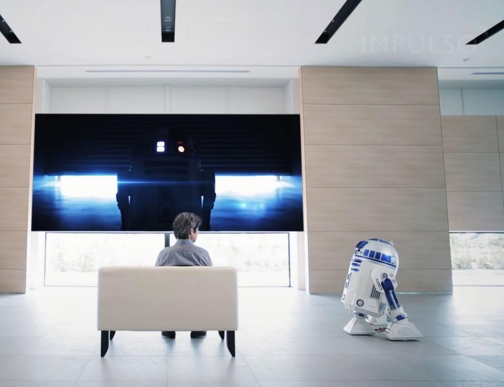 R2-D2 Moving Refrigerator 1