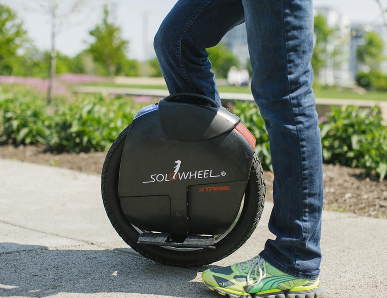 solowheel-xtreme-electric-unicycle-01