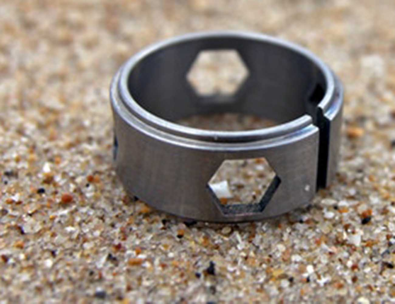 Ti – The Titanium Hex-Bit Driving Ring