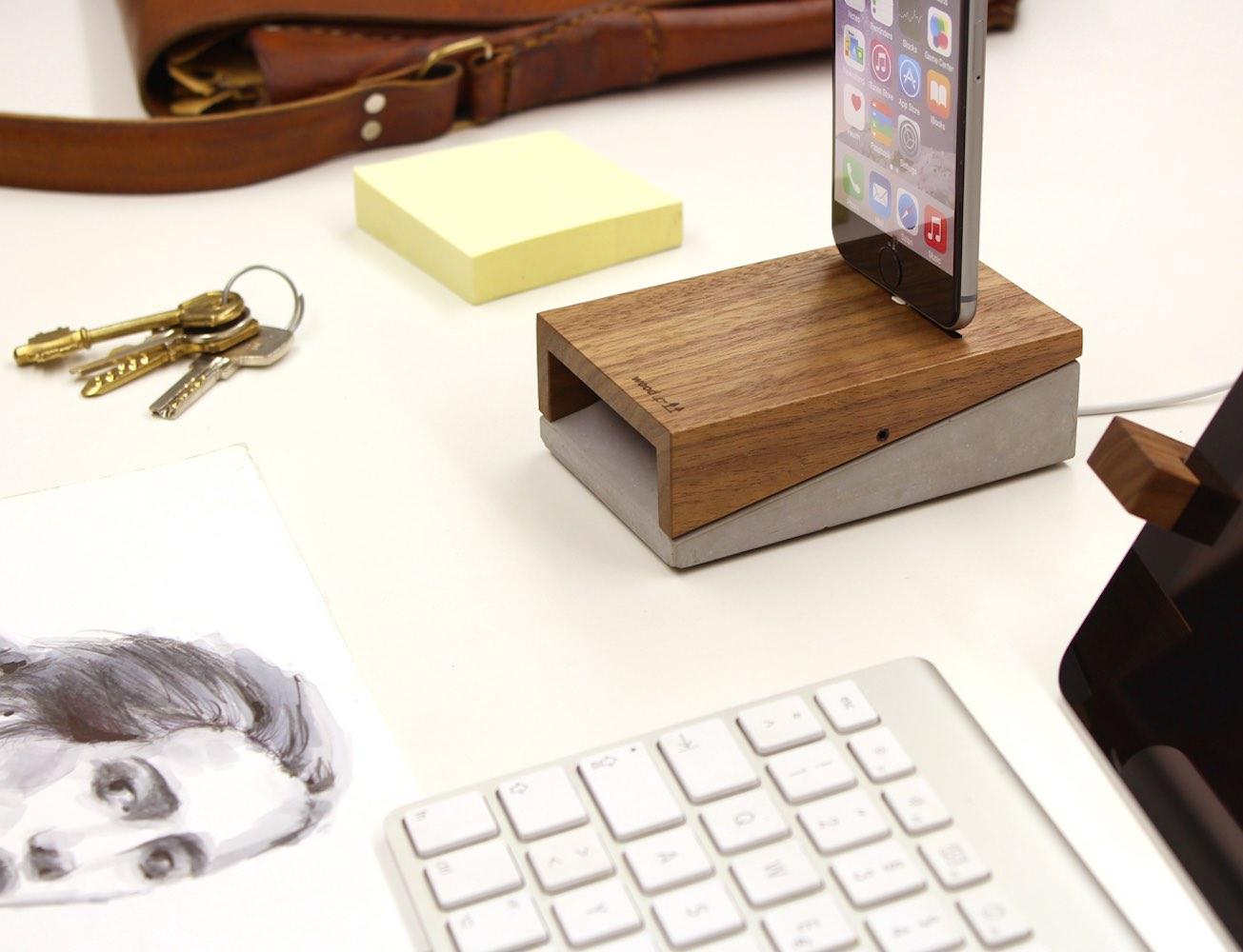 WoodUp Mobi | iPhone Dock | Walnut + Concrete
