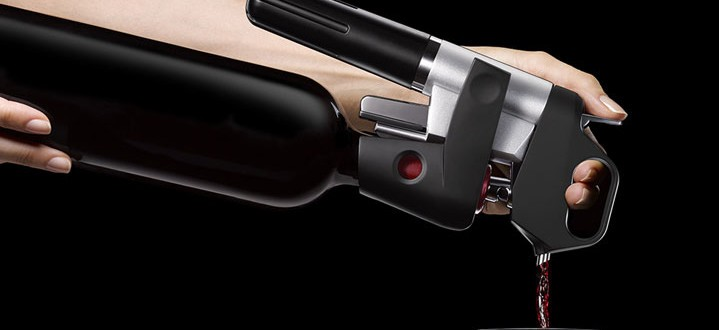 Coravin 1000 Lets You Sample Wine From the Bottle for Years
