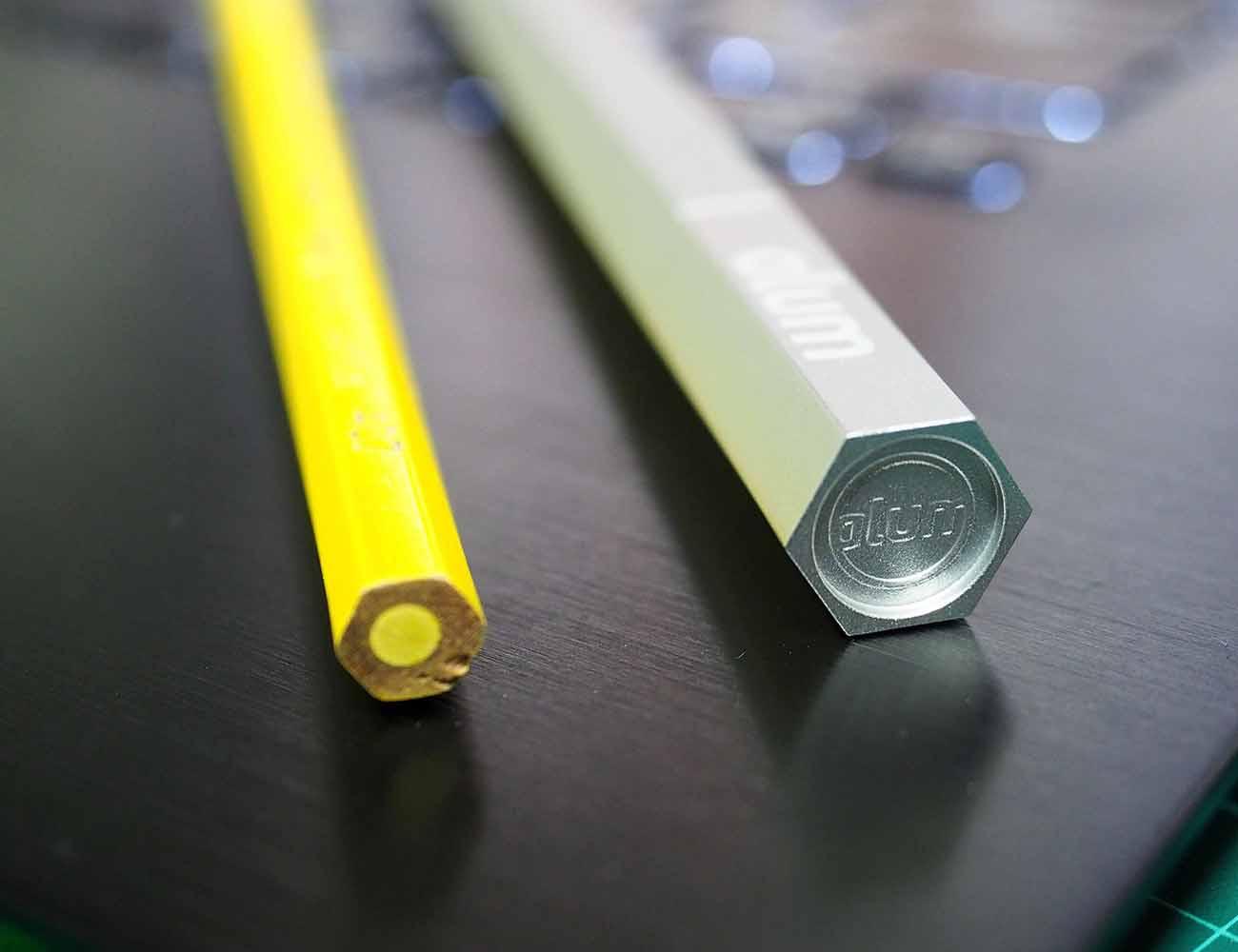 Alum Case – World's First Aluminum Case for the Apple Pencil