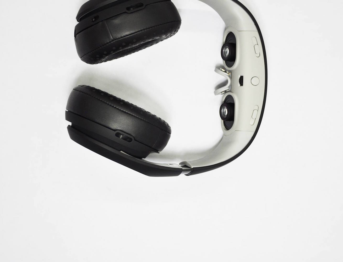 avegant-glyph-media-player-that-doubles-as-a-headset-04