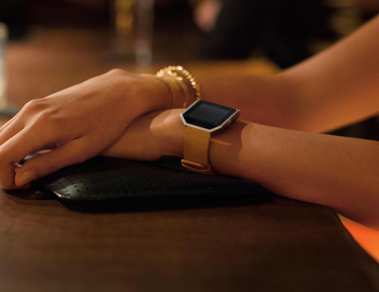 Fitbit+Blaze+%26%238211%3B+Modular+Fitness+Watch+Matching+Your+Style