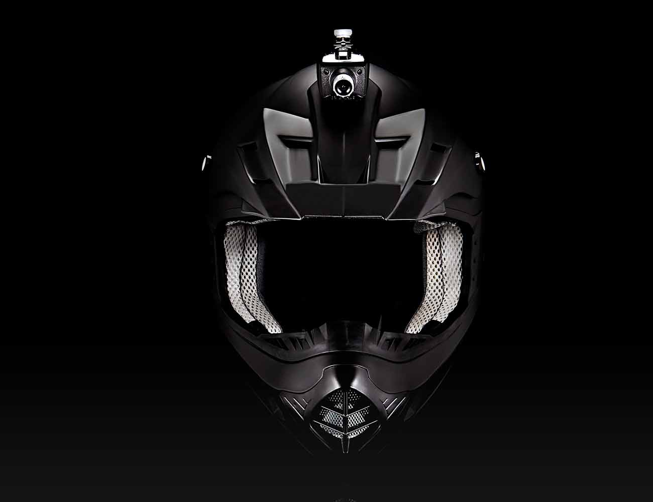 Fusar Mohawk – The Smart Action Camera for Helmets