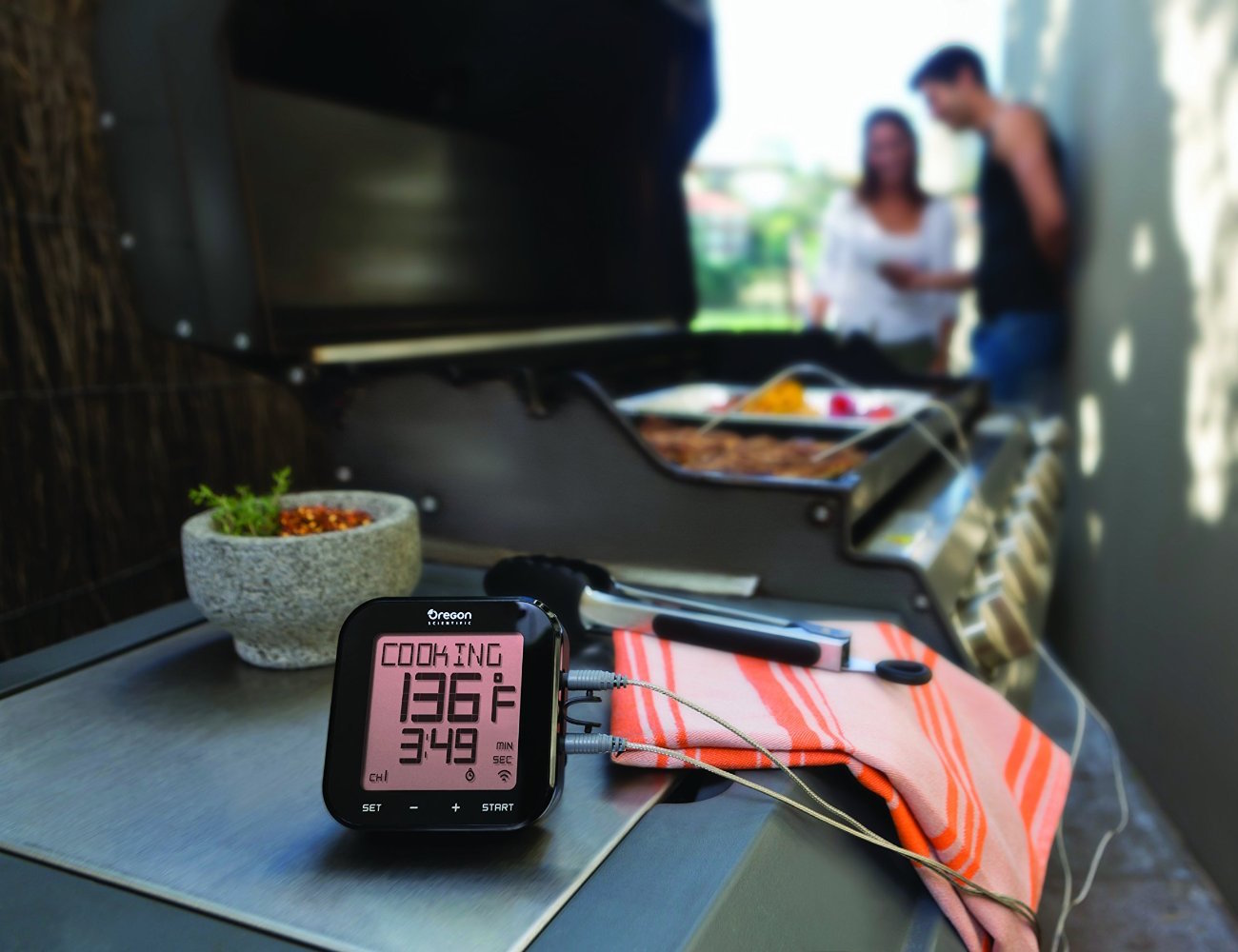 Grill Right Bluetooth BBQ Thermometer loading=