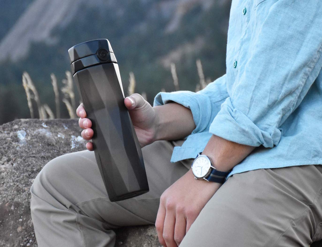 hidratespark-smart-water-bottle-01