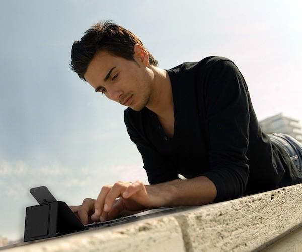 Jorno Ultra-Slim Mobile Keyboard