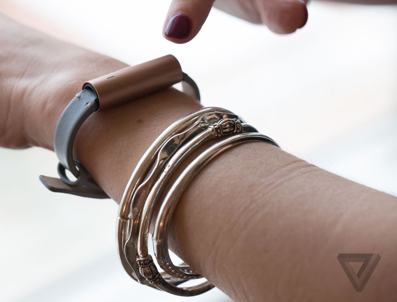 Misfit Ray Bracelet Activity Tracker