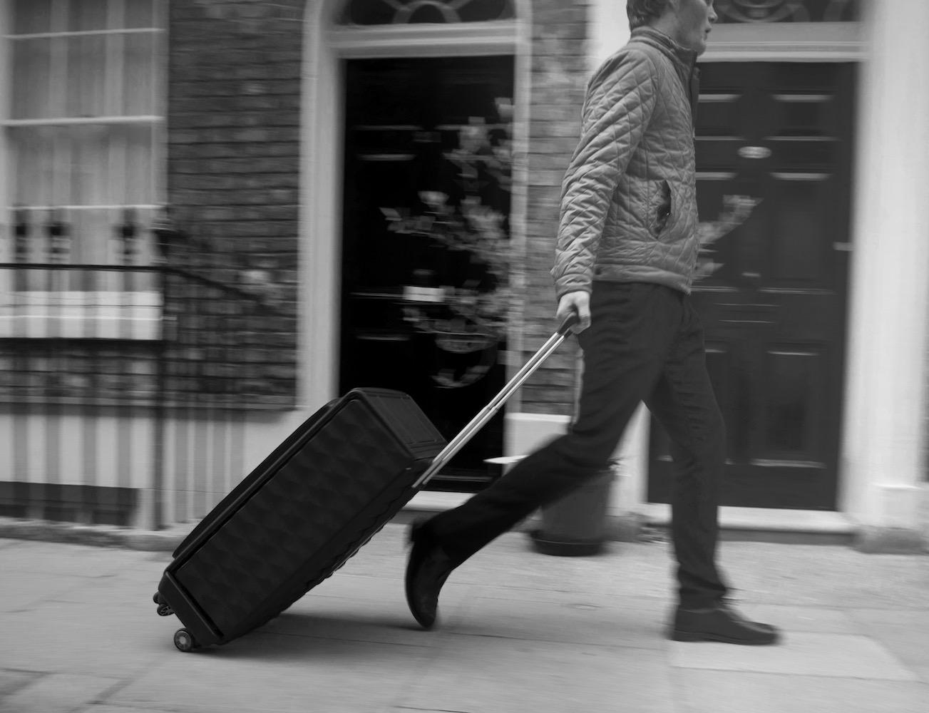 neit-luggage-01