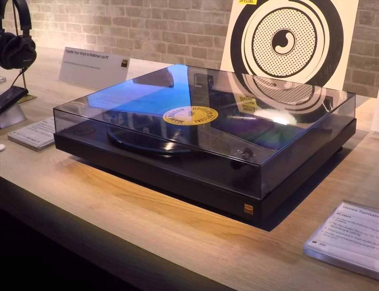 PS-HX500 Vinyl TurnTable From Sony