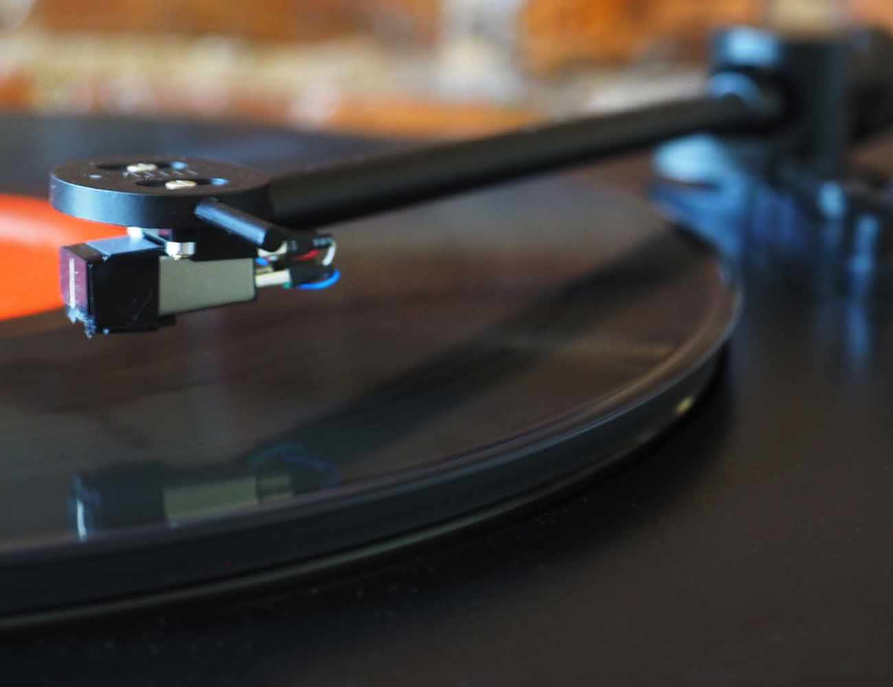 PS-HX500 Vinyl TurnTable From Sony