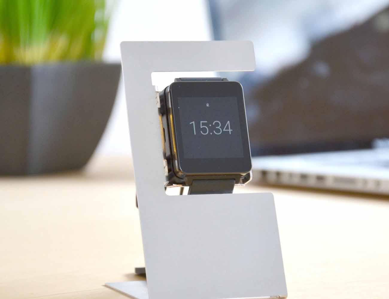 Smartwatch Charging Dock by manugoo
