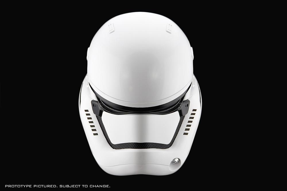 star-wars-the-force-awakens-stormtrooper-helmet-04