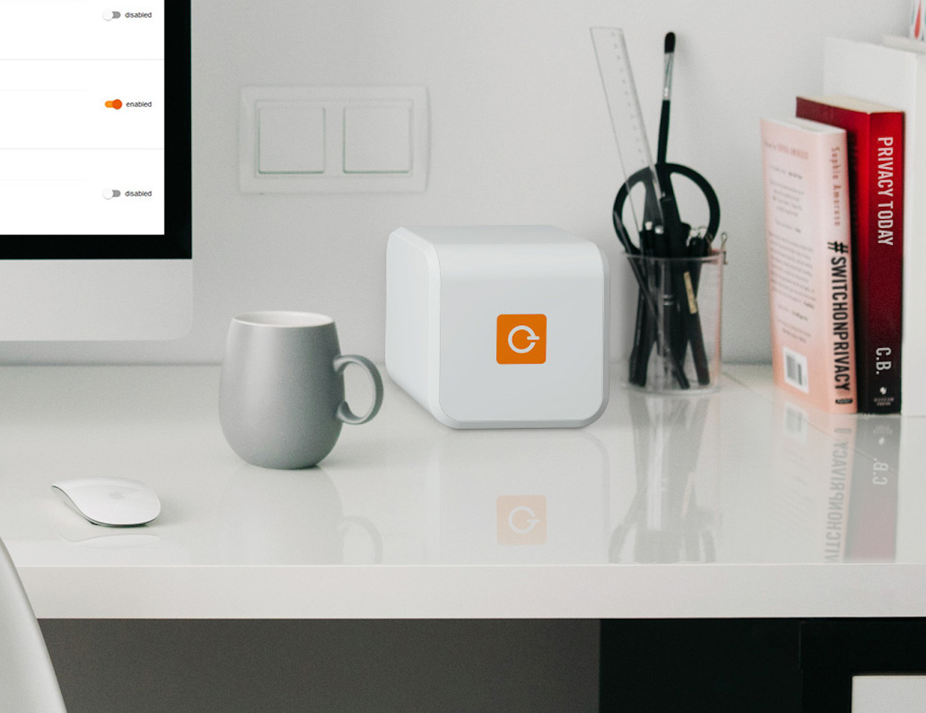 The+First+Plug+%26amp%3B+Play+Privacy+Solution+For+All+Your+Devices