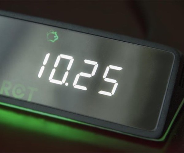 Tixie – The Digital Money Clock