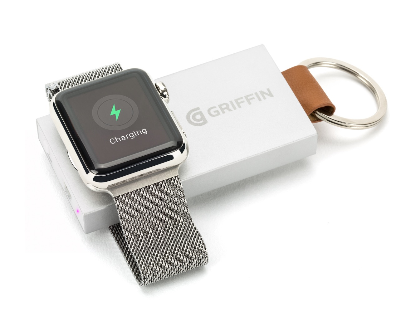 travel-power-bank-by-griffin-keychain-sized-external-battery-for-apple-watch-03