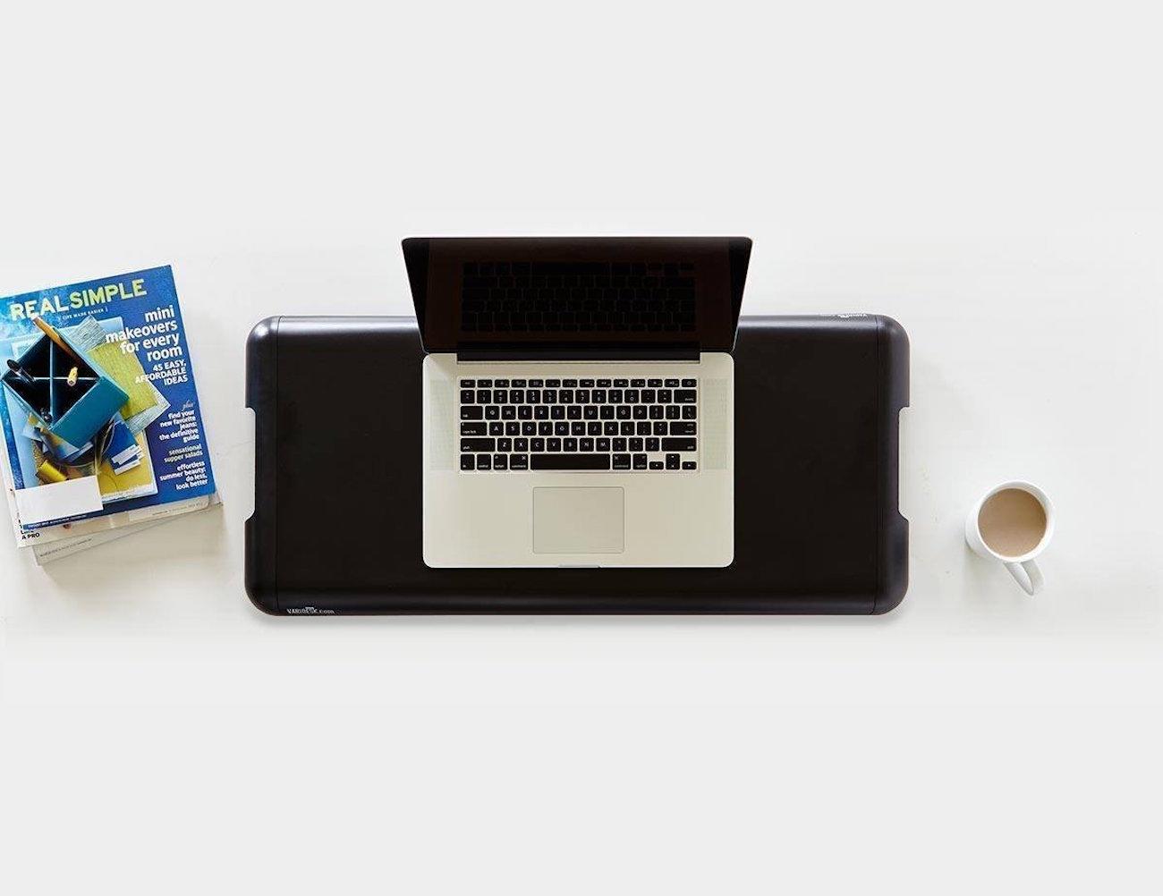 varidesk-soho-height-adjustable-standing-desk-03