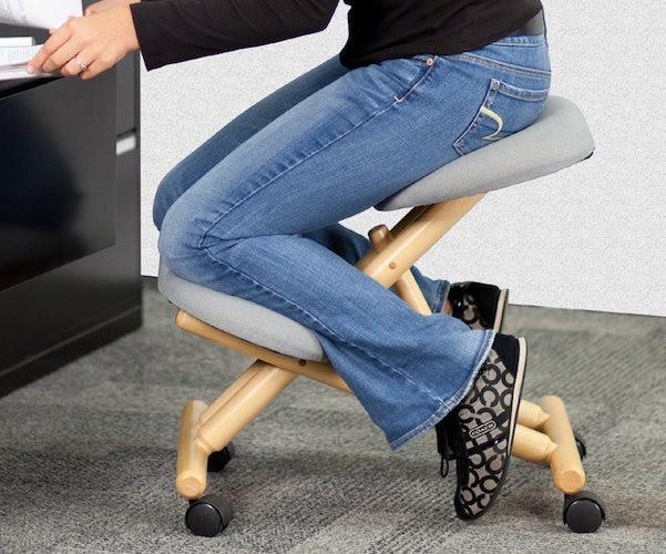 variable_balans_ergonomic_desk_chair_1223