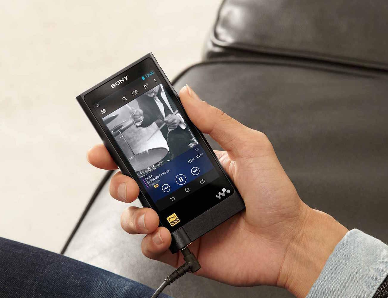 ZX2+High+Resolution+Walkman+From+Sony